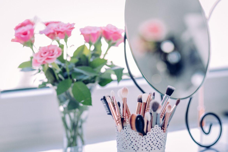 Led lustro do makijażu